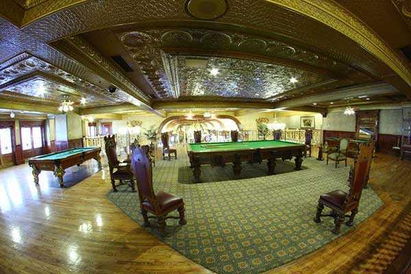 казино в москве были на какой улице